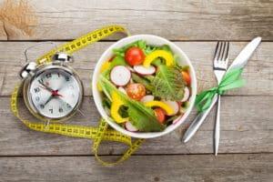 De ce apare slabirea anormala, ne explica medicii de la clinica de nutritie Dietalia