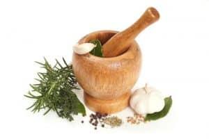 Extractul de usturoi este mai eficient decat unele antibiotice pentru infectiile urinare